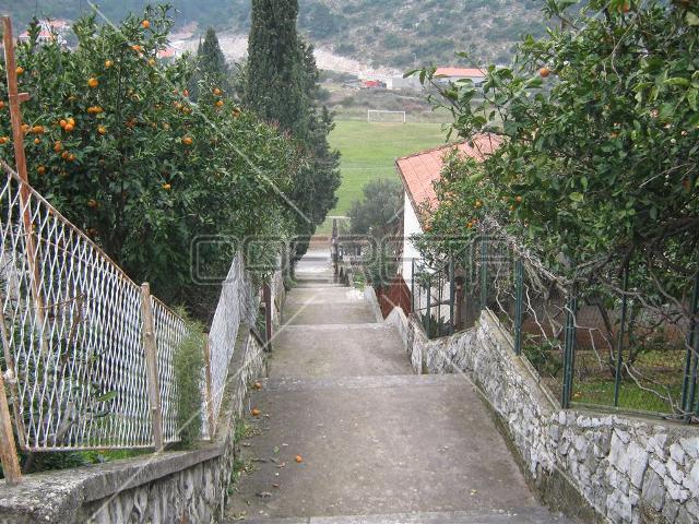 Nekretnine Hrvatska Građevinsko Zemljište Trpanj Trpanj 740 m2 70000 euro