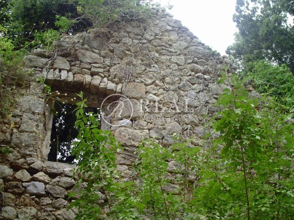 Nekretnine Hrvatska Građevinsko Zemljište Dubrovnik Dubrovnik 6000 m2 270000 euro
